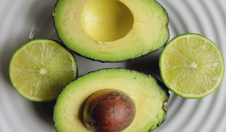 No Fail Guacamole | Summer Foods | VIola's Kitchen