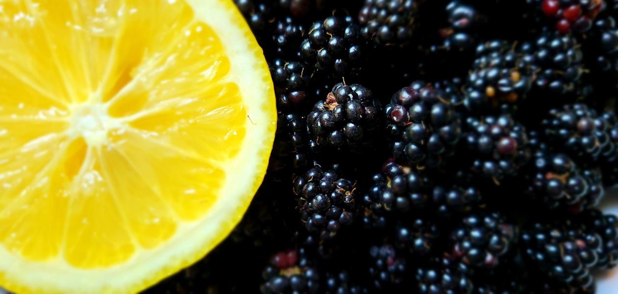 Sweet Blackberry Syrup   Viola's Kitchen